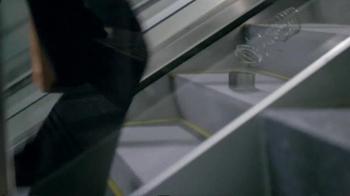GEICO TV Spot 'Slinky' - Thumbnail 3