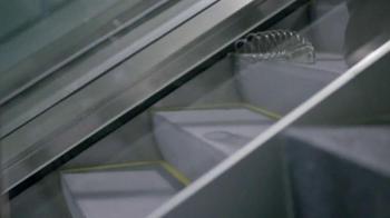 GEICO TV Spot 'Slinky' - Thumbnail 4