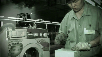 Obama for America TV Spot 'Low Wage Labor' - Thumbnail 2