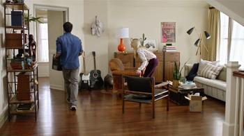 One Kings Lane TV Spot, 'The Move In' - Thumbnail 2
