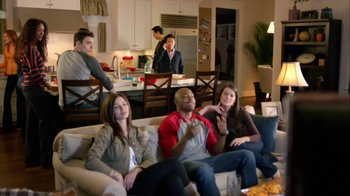 Motorola Droid Razr TV Spot, 'Pizza and Pitching Changes' - Thumbnail 1