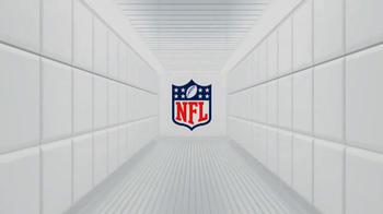New Era Football Cap TV Spot Featuring Lance Briggs - Thumbnail 7