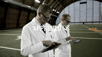 New Era Football Cap TV Spot Featuring Lance Briggs - Thumbnail 5
