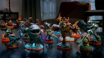 Skylanders Giants Lightcore TV Spot, 'Oooh, Aaah' - Thumbnail 2