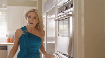 Tropicana Trop50 TV Spot, 'Black-Tie Breakfast' - Thumbnail 4