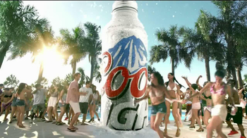Coors Light Silver Bullet TV Spot, 'Pool Dance Party'