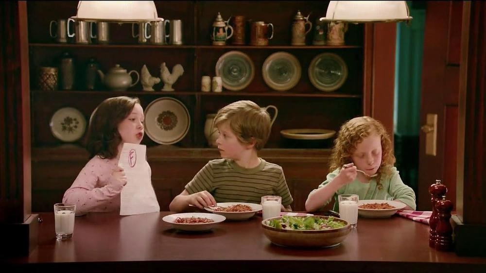 Ragu TV Commercial, 'Cursive'