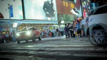 Land Rover TV Spot 'Family' - Thumbnail 9