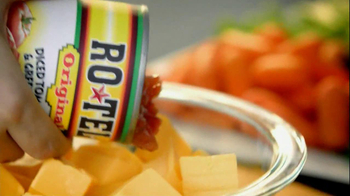 Velveeta and Ro-Tel Cheese Dip TV Spot, 'Sports Night' - Thumbnail 5