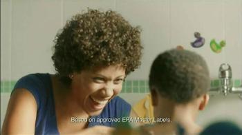 Lysol Disinfectant Sptay TV Spot, 'Bath Time' - Thumbnail 5