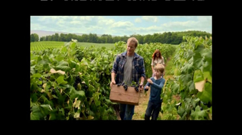 Welch's Grape Juice TV Spot, 'Simplest Things' Featuring Alton Brown - Thumbnail 4