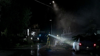 DURACELL TV Spot, 'Emergency Workers' Featuring Jeff Bridges - Thumbnail 2