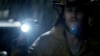 DURACELL TV Spot, 'Emergency Workers' Featuring Jeff Bridges - Thumbnail 9