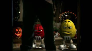 M&M's TV Spot, 'Ding Dong' - Thumbnail 7