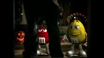 M&M's TV Spot, 'Ding Dong' - Thumbnail 8