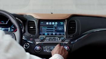 2014 Chevrolet Impala TV Spot, 'Touchscreen Display' - Thumbnail 5