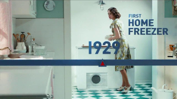 Frigidaire Flexible French-Door Refrigerator TV Spot, 'Legendary Innovation: Family in Kitchen' - Thumbnail 3