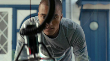 Nike Free TV Spot, 'Toy Claw' Featuring Ashton Eaton and Allyson Felix - Thumbnail 4