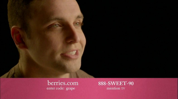 Shari's Berries TV Spot, 'Mother's Day Gifts' - Thumbnail 9