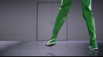 Libman Wonder Mop TV Spot, 'Kitchen Ninja' - Thumbnail 2