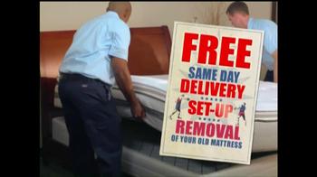 Sleep Country USA TV Spot, 'Memorial Day' - Thumbnail 7