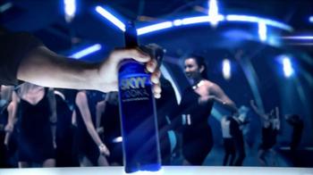 SKYY Vodka TV Spot, 'Fountain' Song by The Polyamorous Affair - Thumbnail 7