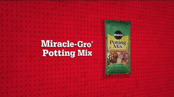 ACE Hardware TV Spot, 'Memorial Day Miracle-Gro Potting Mix' - Thumbnail 4