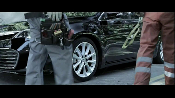 Toyota Avalon TV Spot, 'Traffic Stop' Featuring Idris Elba - Thumbnail 3