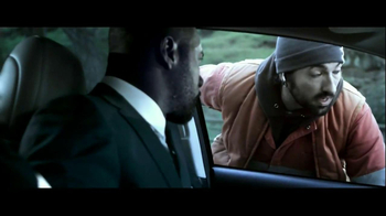 Toyota Avalon TV Spot, 'Traffic Stop' Featuring Idris Elba - Thumbnail 4