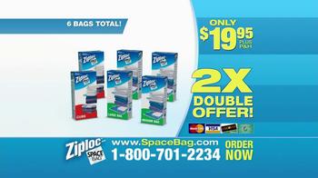 Ziploc Cube Bag & Flat Bag TV Spot, 'Smaller Closet' - Thumbnail 9