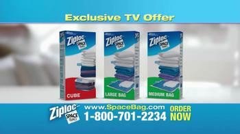Ziploc Cube Bag & Flat Bag TV Spot, 'Smaller Closet' - Thumbnail 7