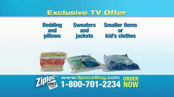 Ziploc Cube Bag & Flat Bag TV Spot, 'Smaller Closet' - Thumbnail 8