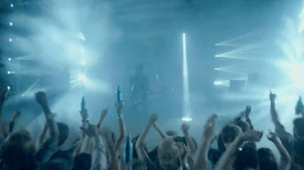 Bud Light TV Commercial, 'Friends Like This' Song by Halestorm - Video