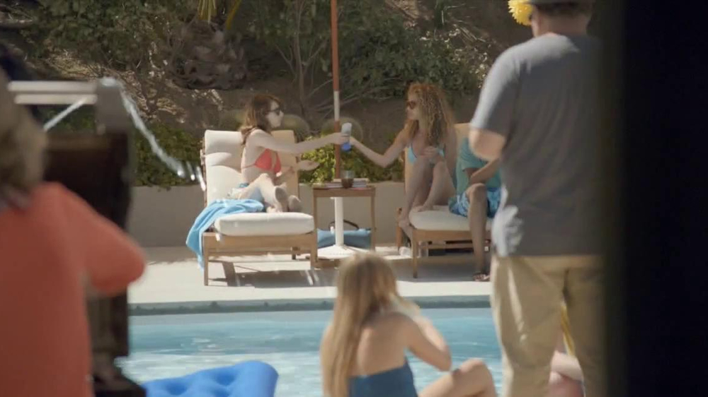 Samsung Galaxy S4 TV Commercial, 'Pool Party'