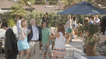 Samsung Galaxy S4 TV Spot, 'Pool Party' - Thumbnail 5
