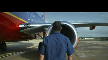 Southwest Airlines TV Spot, 'No Fees' Featuring Jeff Overton - Thumbnail 7