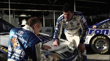 Aaron's TV Spot, 'Differences' Featuring Mark Martin and Michael Waltrip - Thumbnail 5