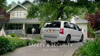 2013 Chrysler Town & Country Event TV Spot, 'Haven't Seen it All' - Thumbnail 3
