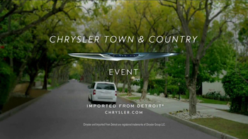 2013 Chrysler Town & Country Event TV Spot, 'Haven't Seen it All' - Thumbnail 7