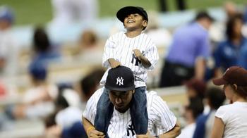 Major League Baseball TV Spot, 'Celebrate Sunday' - Thumbnail 9