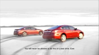 Nissan Sign & Drive Sales Event TV Spot, 'Signature' - Thumbnail 2