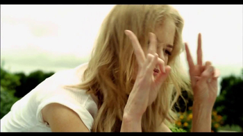 Swisse Wellness Ultivite TV Spot Featuring Nicole Kidman - Thumbnail 6