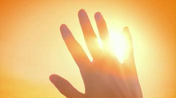 Neutrogena Ultra Sheer Dry Touch TV Spot Featuring Jennifer Garner - Thumbnail 2