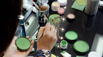GEICO TV Spot, 'Make-up' - Thumbnail 4
