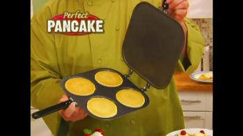 Perfect Pancake TV Spot, 'Flip, Flop' - Thumbnail 2