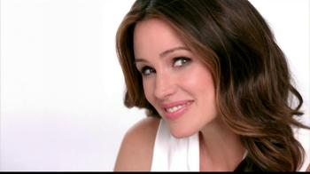 Neutrogena Healthy Skin Liquid Makeup TV Spot Featuring Jennifer Garner - Thumbnail 10