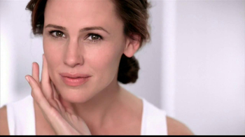 Neutrogena Healthy Skin Liquid Makeup TV Spot Featuring Jennifer Garner - Thumbnail 7