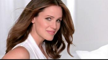 Neutrogena Healthy Skin Liquid Makeup TV Spot Featuring Jennifer Garner - Thumbnail 9