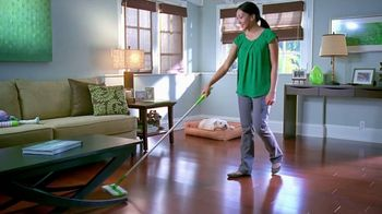 Swiffer TV Spot 'Garage Love' Song by the Isley Brothers