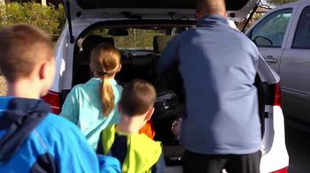 Hyundai Santa Fe TV Spot, 'The Wolf Family' - Thumbnail 4